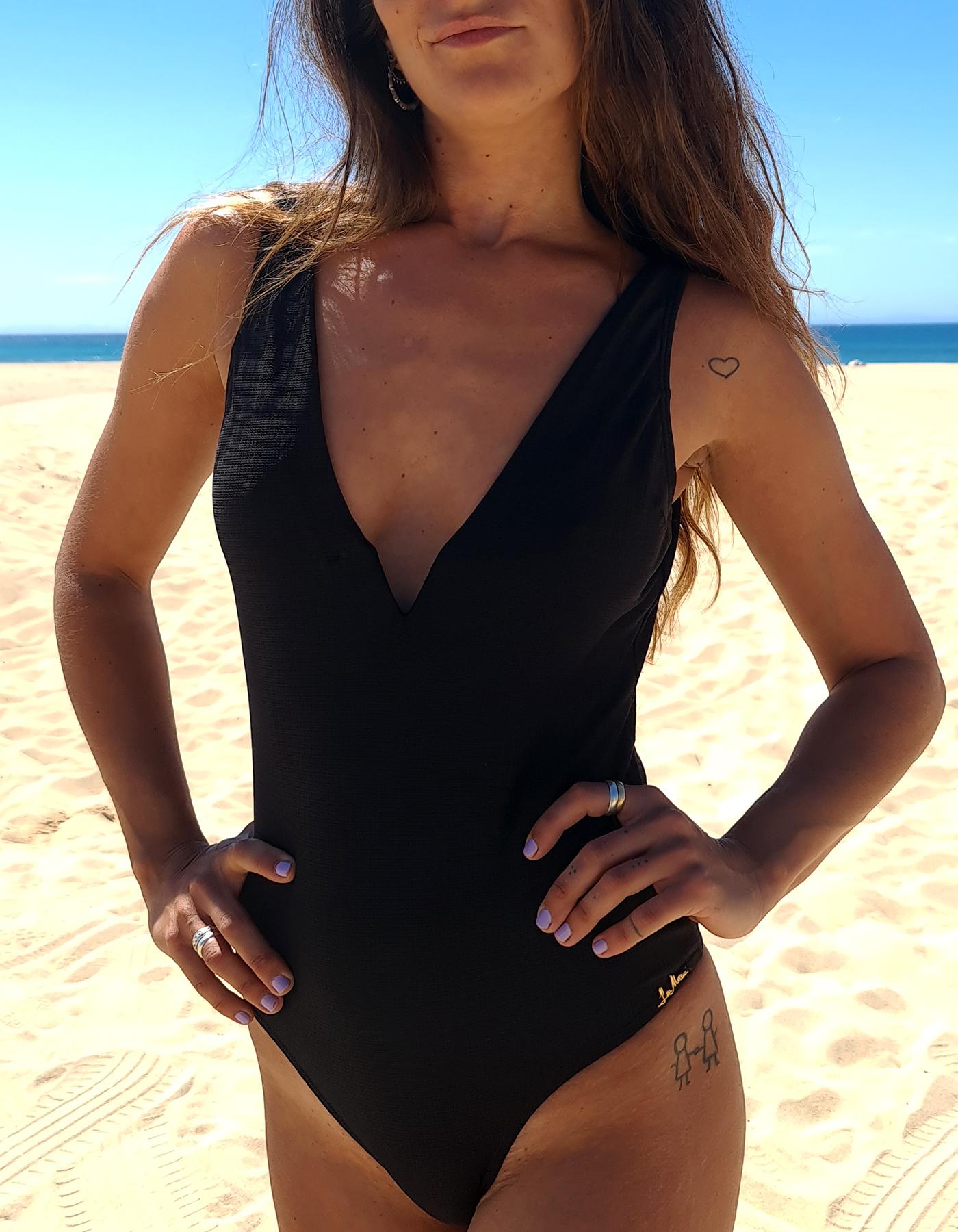 Body Bañador Negro con escote en V Lua Morena-33444002-A
