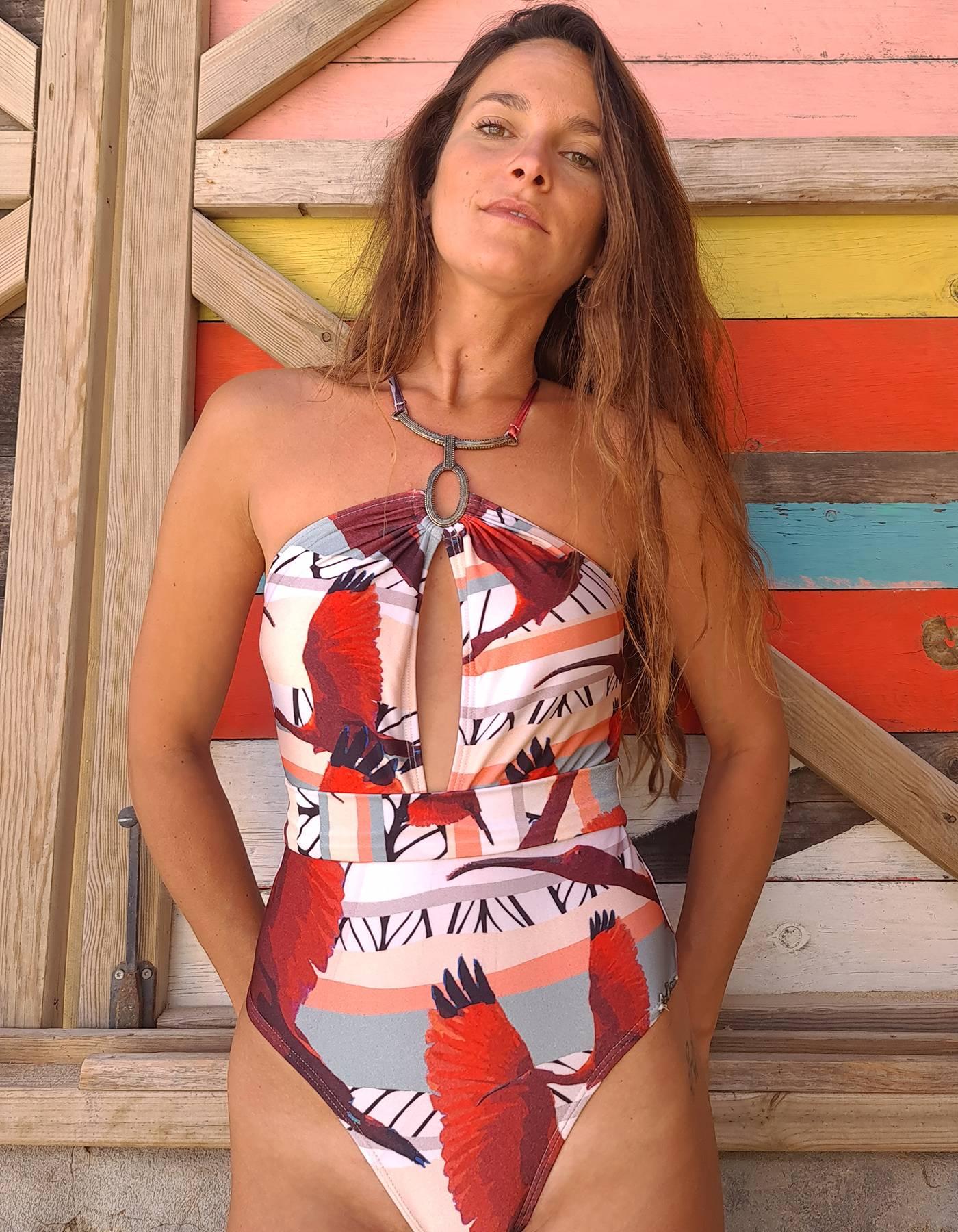 Body Bañador cuello Halter metálico y cinturón   Lua Morena