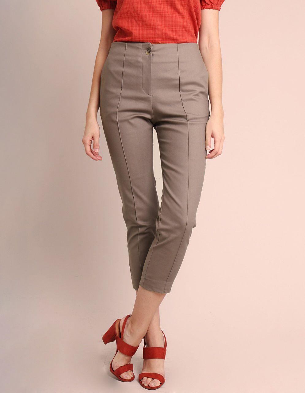 Pantalón Capri algodón marrón, azul oscuro o gris, cremallera frontal y bolsillos laterales Malagueta-72143MAL-C
