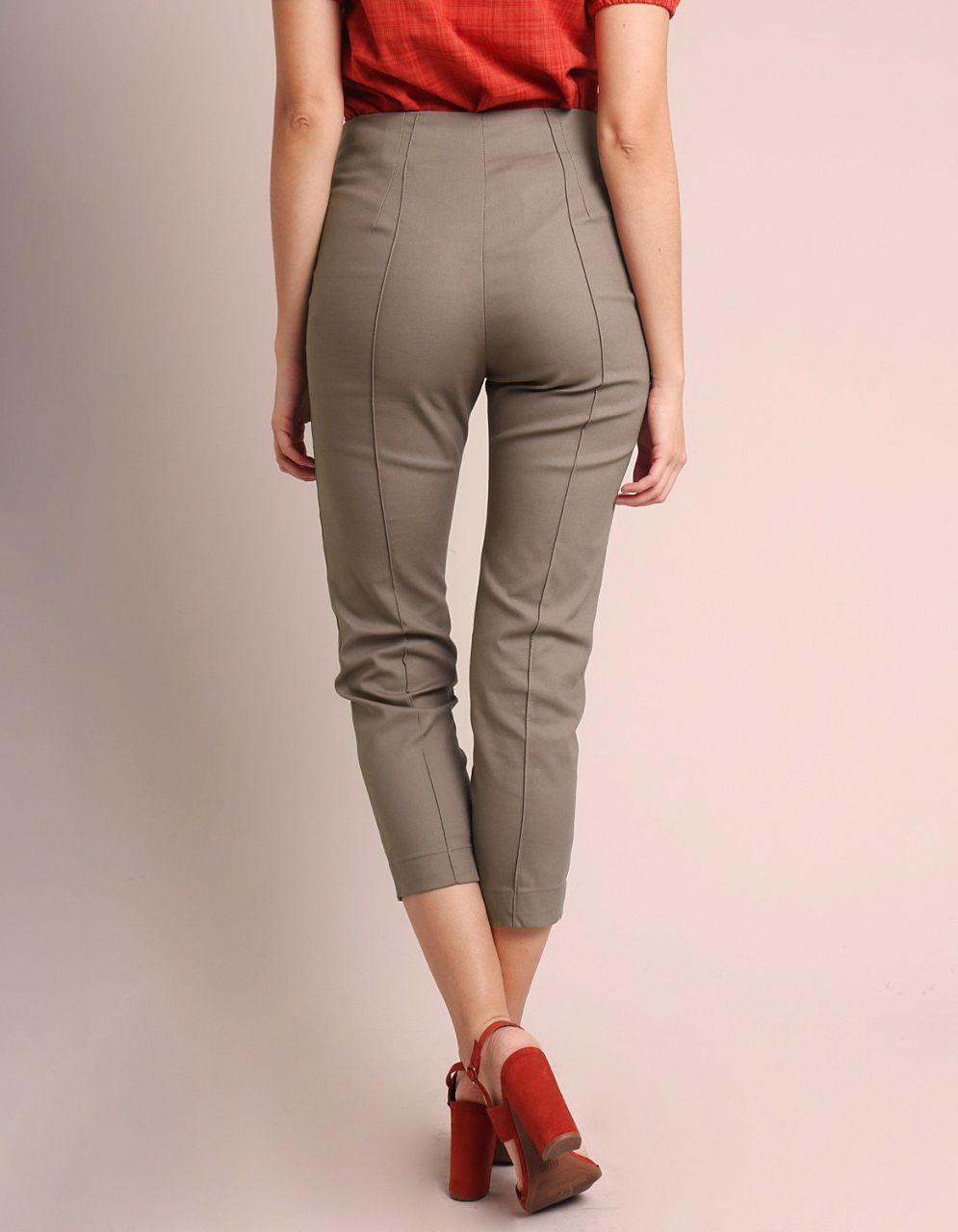 Pantalón Capri algodón marrón, azul oscuro o gris, cremallera frontal y bolsillos laterales Malagueta-72143MAL-D