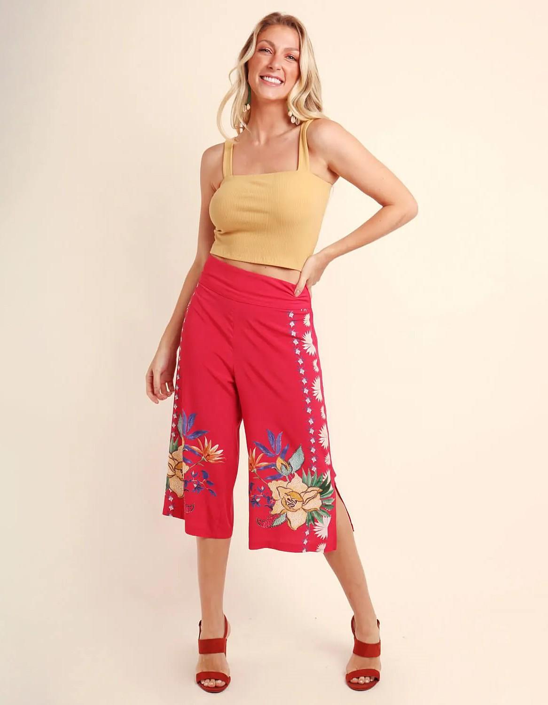 Pantalón Capri verano azul o rojo estampa floral y cremallera lateral ajustable Malagueta-72367MAL-D
