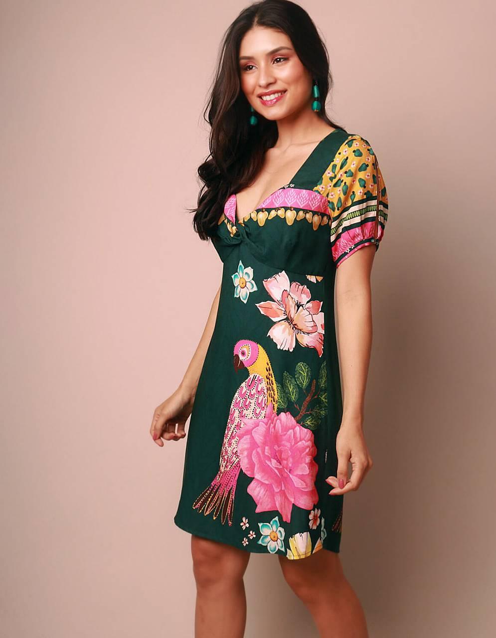 Vestido verano corto blanco o verde escote en V y estampa tropical Malagueta-72051MAL-A