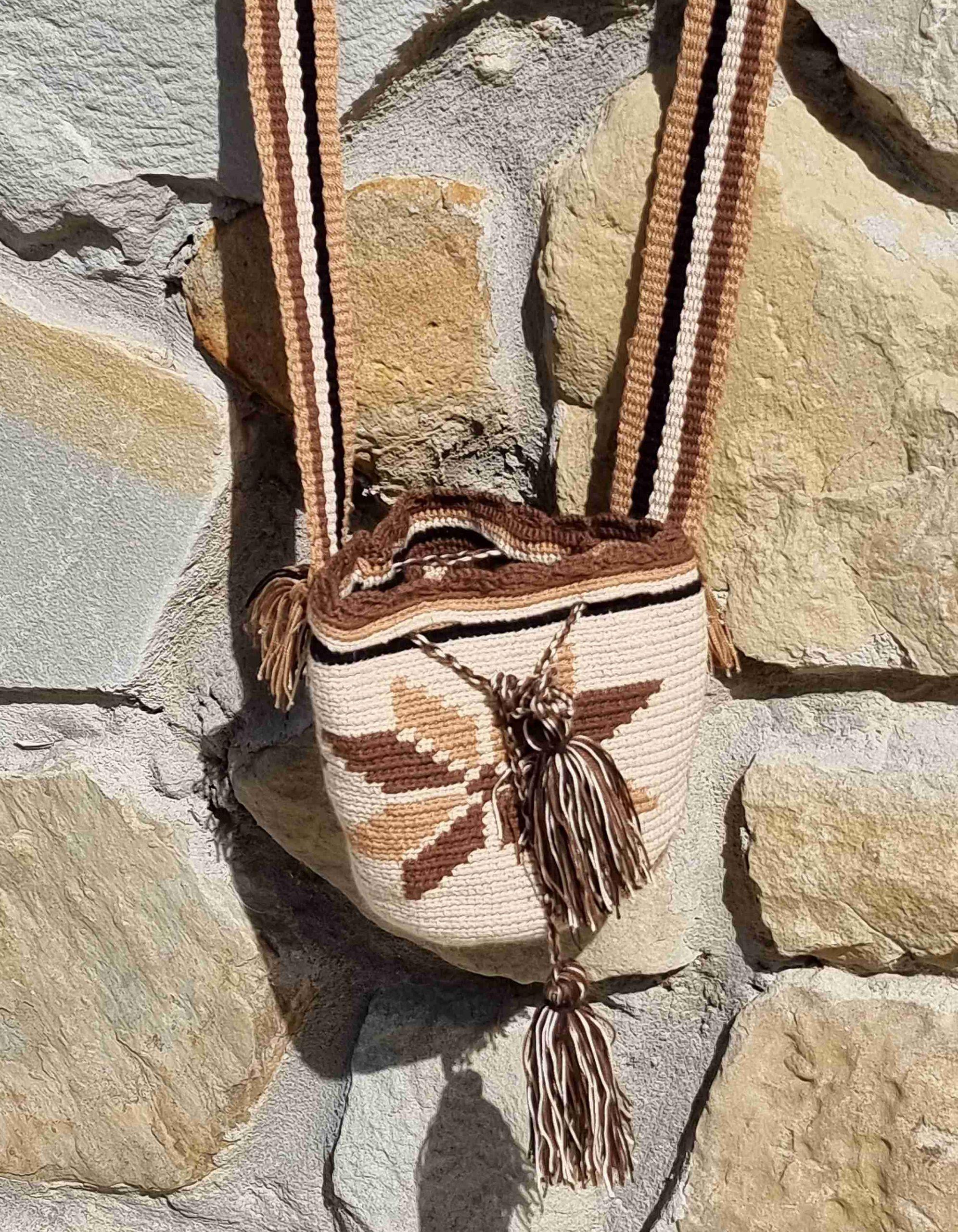 Bolso Mini Wayuu Original Auténtica (sólo 1 igual) con motivos tribales color beige y marrones varios