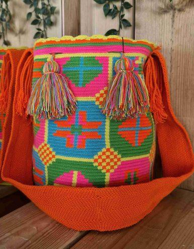 Bolso Wayuu Artesanal, Auténtico y Original (sólo 1 igual) MOTIVOS TRIBALES K